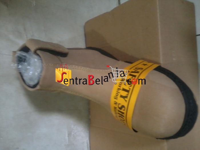 Sepatu Safety 004