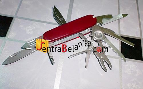 Pisau Lipat Multifungsi/Multi Knife Tools 001